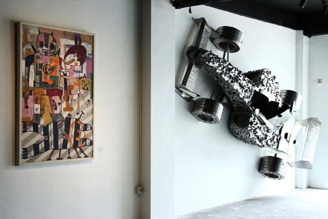 Pameran koleksi para kolektor muda seni rupa Indonesia, Y: Collect, di Ruci Art Space, 30 Januari - 15 Februari 2015.