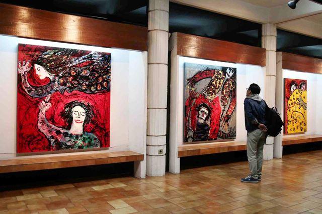 Suasana pembukaan pameran tunggal Ipong Purnama Sidhi di Bentara Budaya Jakarta, 26 Februari - 7 Maret 2015.