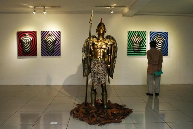 Rd. Syarief Hidayat, Roosterman, variable size, instalasi, 2012.