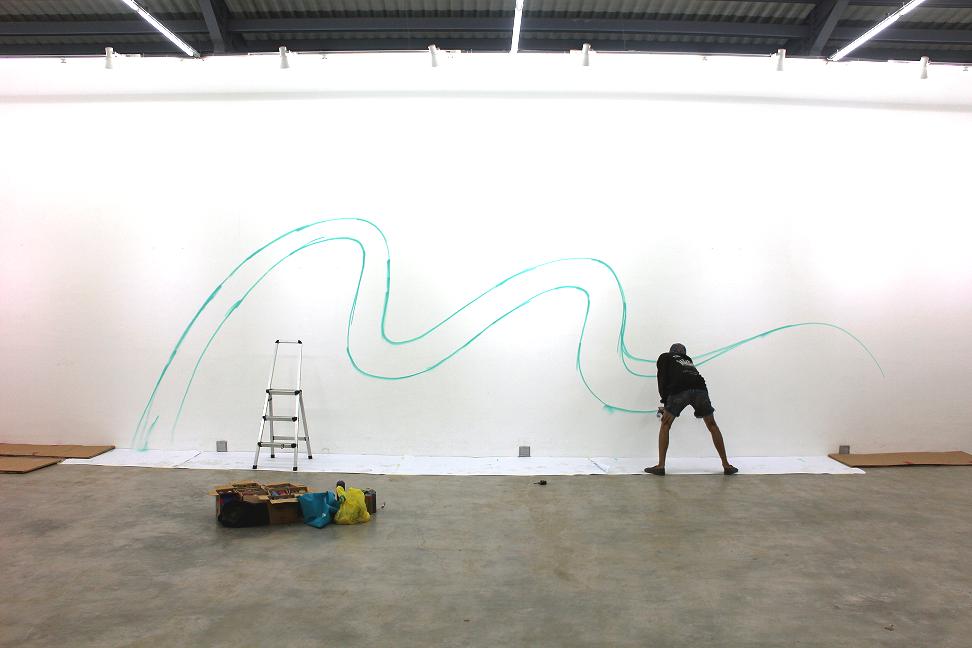 Wallpainting oleh Adi Dharma a.k.a Stereoflow untuk dinding pamerannya di Salian Art, Bandung (source: dok. Adi Dharma|Stereoflow)