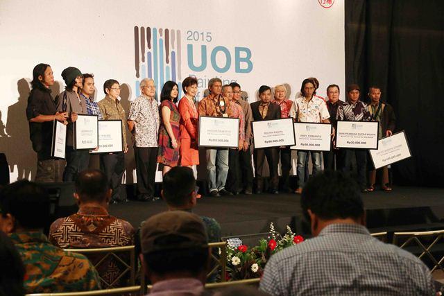 Acara penganugerahan UOB Indonesia Painting of The Year Awar