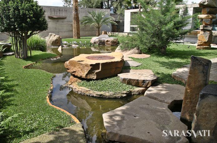 WOT Batu sebagai ruang untuk berkontemplasi (Foto: Jacky Rachmansyah)