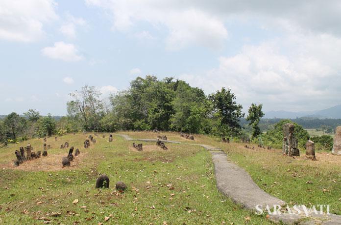 Pemandangan dari Komplek Makam Mahligai