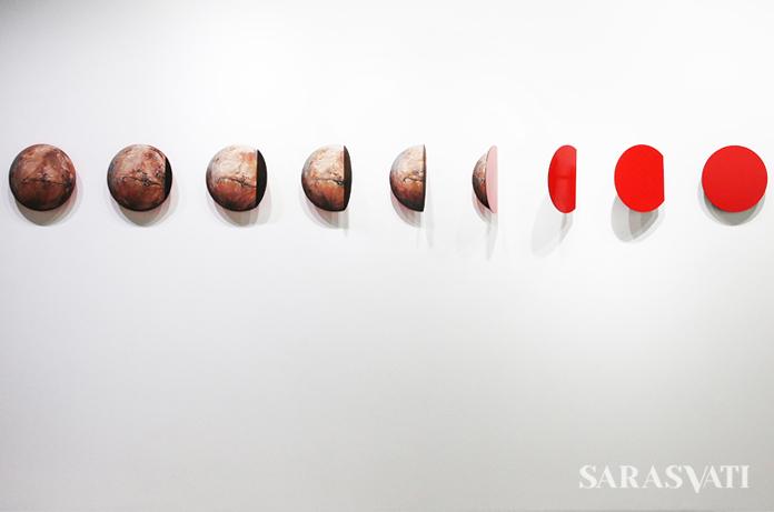Ferrum Ferrum Ferrum. 40x300 cm, acrylic on metal, 2017.