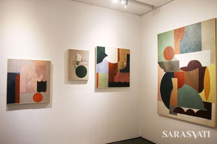 Karya Ines Katamso pada pameran Self Explanatory di Dia Lo Gue, Jakarta
