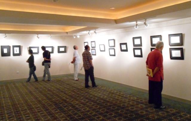 Suasana pameran di lantai 2 Galeri Cipta 3, Taman Ismail Marzuki