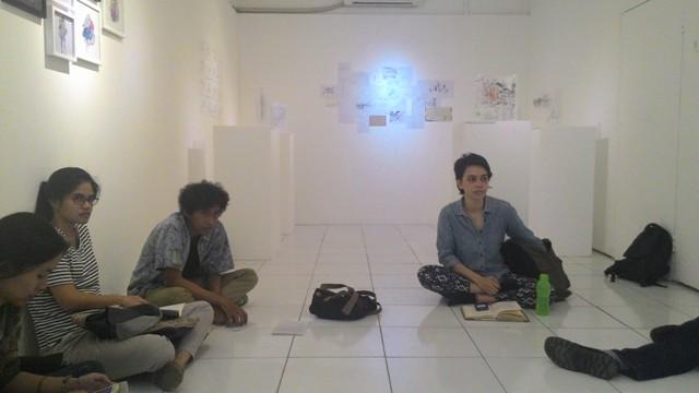 Suasana Artist Talk di Galeri Serrum, Jumat (6/3)