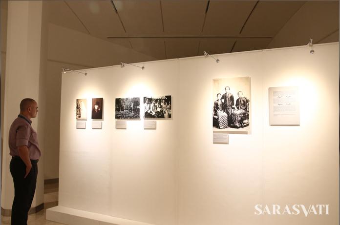 "Pameran ""Jejak Langkah Seorang Raden Ajeng: Reflections on R.A. Kartini"" di Erasmus Huis Jakarta, 13-31 Maret 2017. (Foto: Jacky Rachmansyah)"